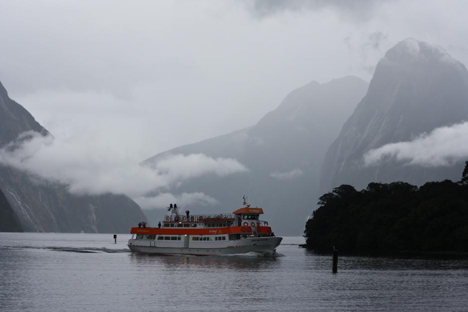 Milford Sound bei Regen, Neuseeland-Südinsel