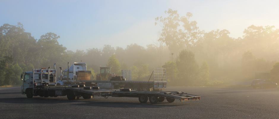 Truck Stop bei Sonnenaufgang, irgendwo in New South Wales