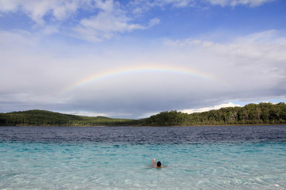 Regenbogen über dem Lake McKenzie, Fraser Island