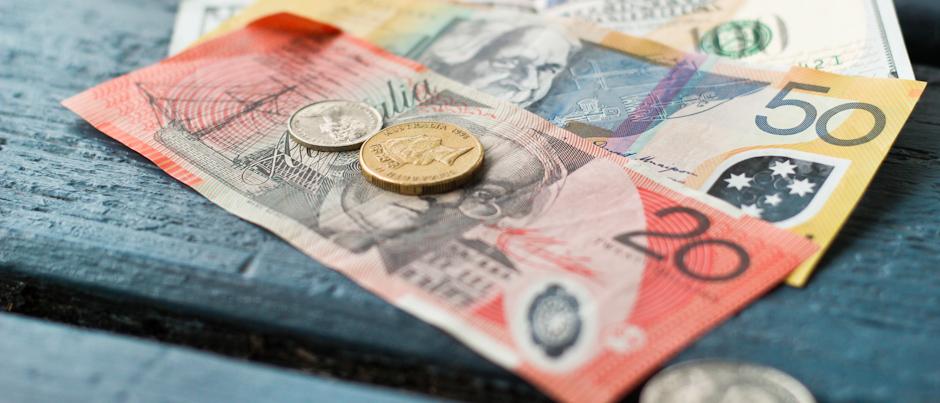 Bargeld in Münzen und Scheinen, Spartipps für Weltreisen, Reisetipps
