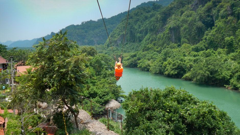 Ziplining im Phong-Nha-Nationalpark