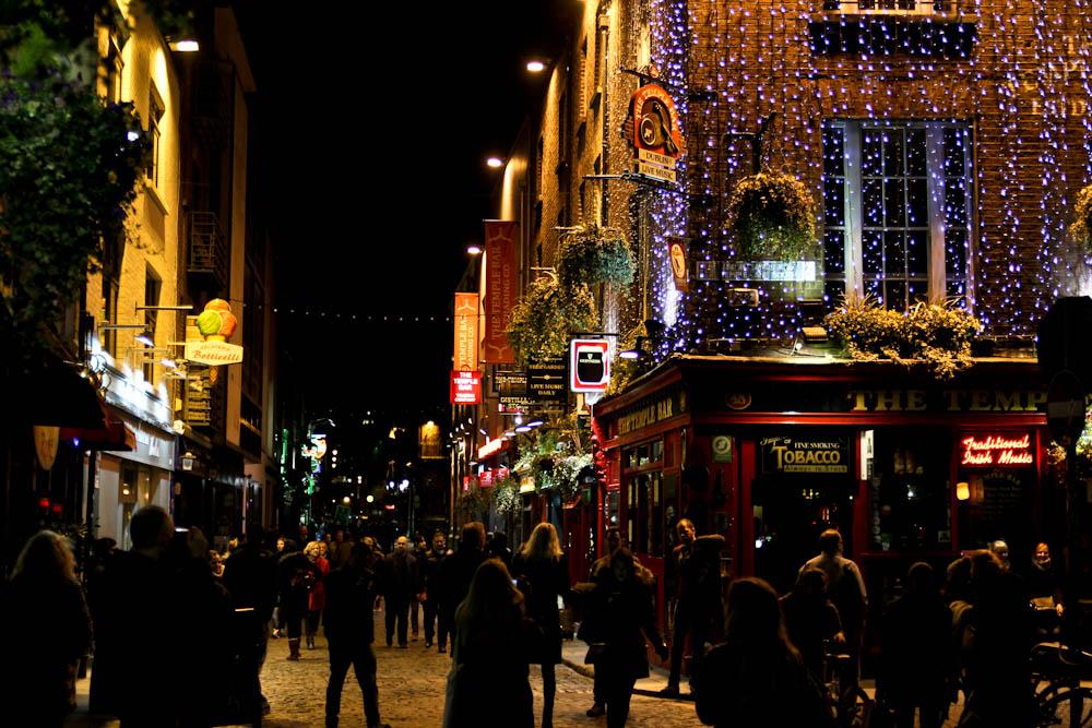 The Temple Bar in Dublin bei Nacht