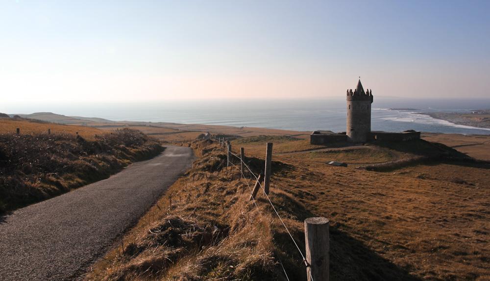 Irische Burg in der Provinz Clare