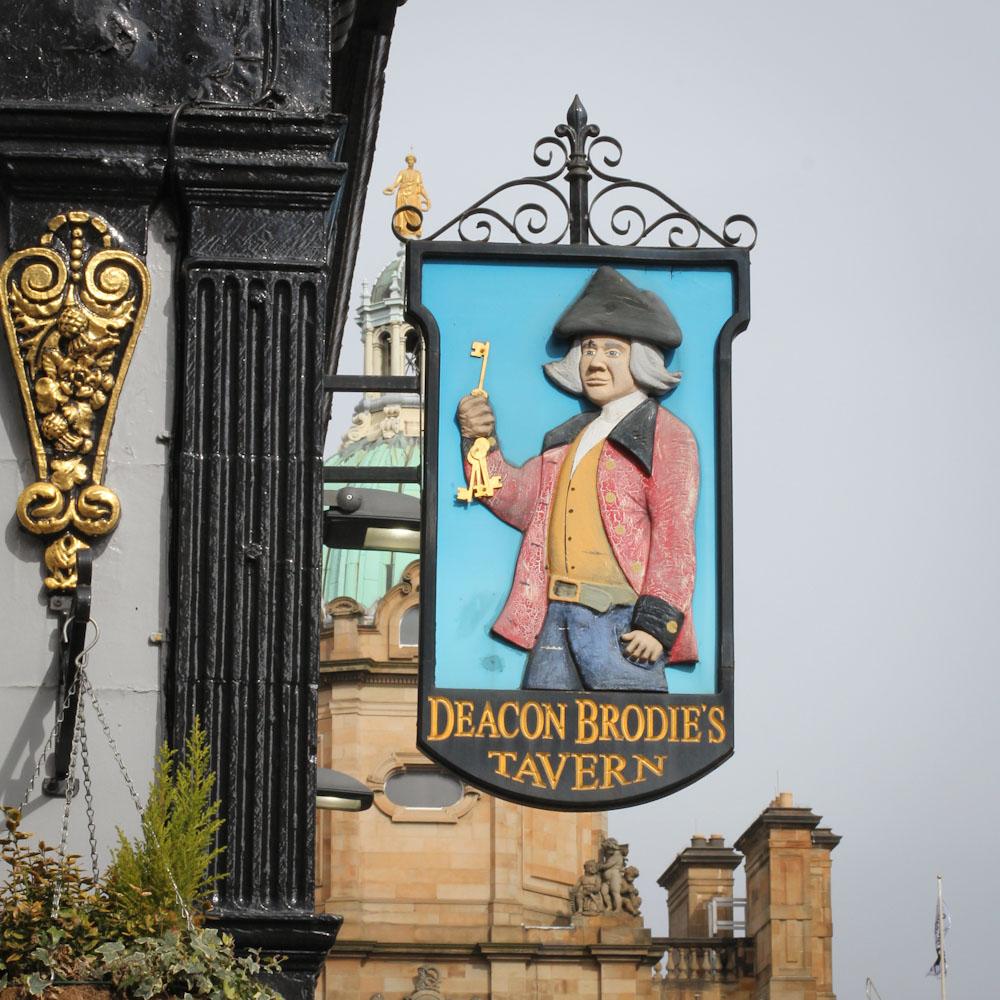 Pub, Edinburgh