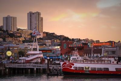 Fishermens' Wharf, San Francisco, Kalifornien bei Nacht